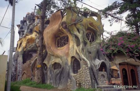 Сказочная гостиница Hang Nga